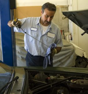 """What to Know Before You Search """"Oil Change around Me in ..."""